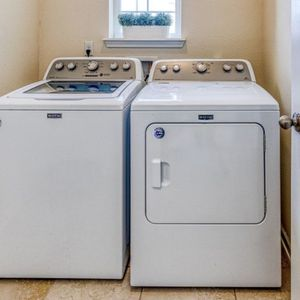 Washer & Dryer for Sale in Jacksonville, FL
