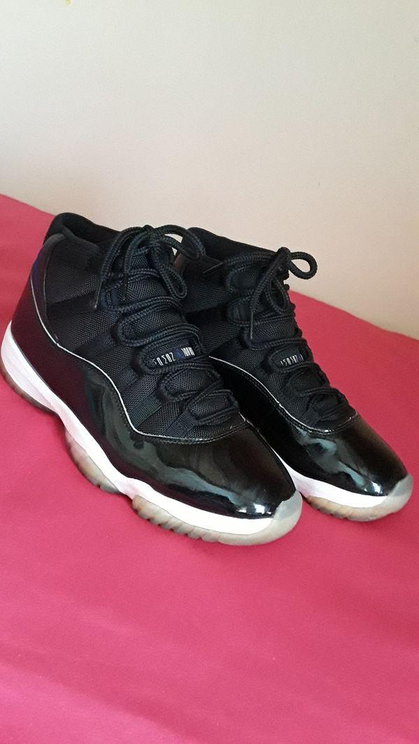 Men's Nike Air Jordan 11 Retro Space Jam Size 10