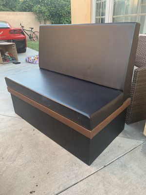 Vinyl Padded Booth Seat for Sale in Covina, CA