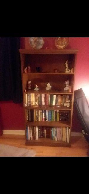 Wooden Bookshelf for Sale in White Plains, NY