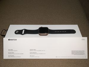 Apple Watch Series 4 40 MM (GPS) for Sale in Lake Mary, FL