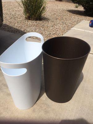 2 bathroom trash cans for Sale in Queen Creek, AZ