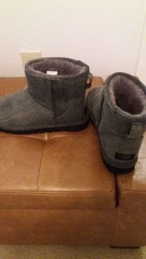 Men's Ugg boots size 9 for Sale in Lutz, FL