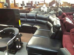 Leather sectional sofa for Sale in Haltom City, TX