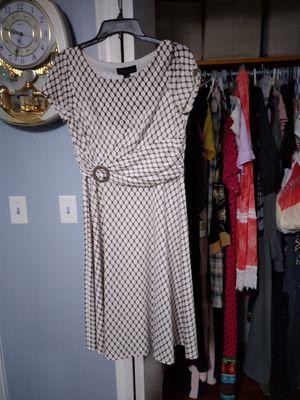 فستان for Sale in Dearborn, MI