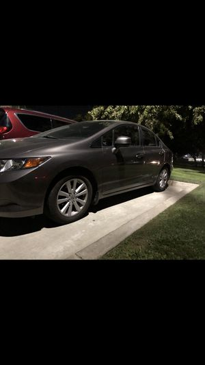 2012 Honda Civic***title in hand***tagged tell 2021***160,000miles***$6200 for Sale in Visalia, CA