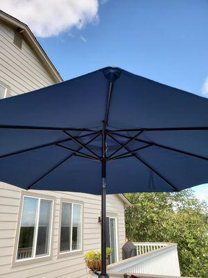 Patio umbrella for Sale in Tacoma, WA