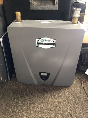 AO Smith tankless water heater 400 for Sale in Fresno, CA