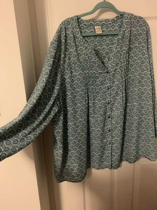 Plus size clothing lot 3x, 4x 11items