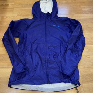 Patagonia Women Large Blue Rain Jacket for Sale in Portland, OR