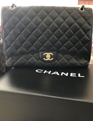 authentic CHANEL Caviar Quilted Large Double Flap Black for Sale in Laguna Beach, CA