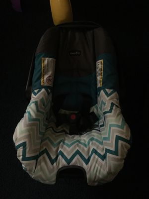 Infant car seat brand new w/ base for Sale in Richmond, VA