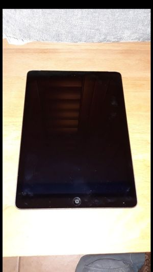 IPad Air Fully Functional in Great Condition W/Charger for Sale in Port St. Lucie, FL