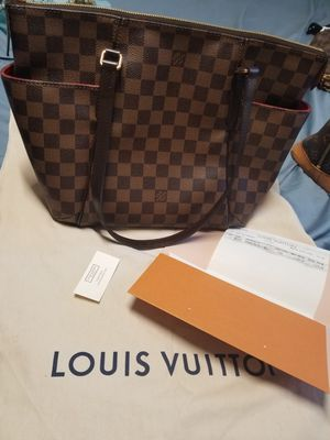 Louis Vuitton , Tottally PM Authentic great condition for Sale in San Diego, CA