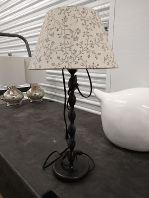 Adorable Bedside Lamp for Sale in Corona, CA