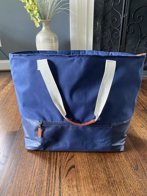 XL Insulated Cooler Bag for Sale in Detroit, MI