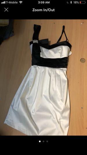 Black & White Satin Bow Formal Dress for Sale in Garden Grove, CA