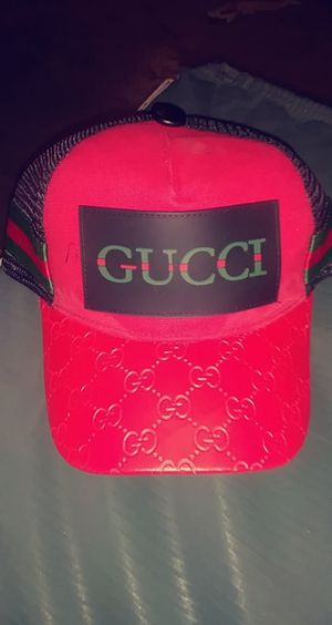 Gucci designer hat. for Sale in Denver, CO