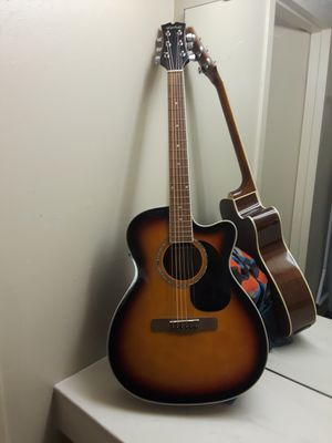 Mitchell Guitar for Sale in Fresno, CA