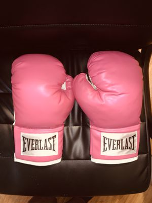 Everlast boxing gloves for Sale in Pasco, WA
