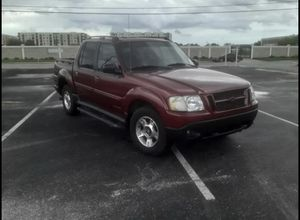 2002 Ford explore sport trac Ultility pickup 4D for Sale in Tampa, FL