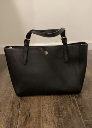 Tory Burch Small Robinson Bag for Sale in Clayton, MO