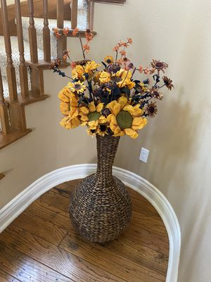 Decorative flower pot with flower for Sale in Corona, CA