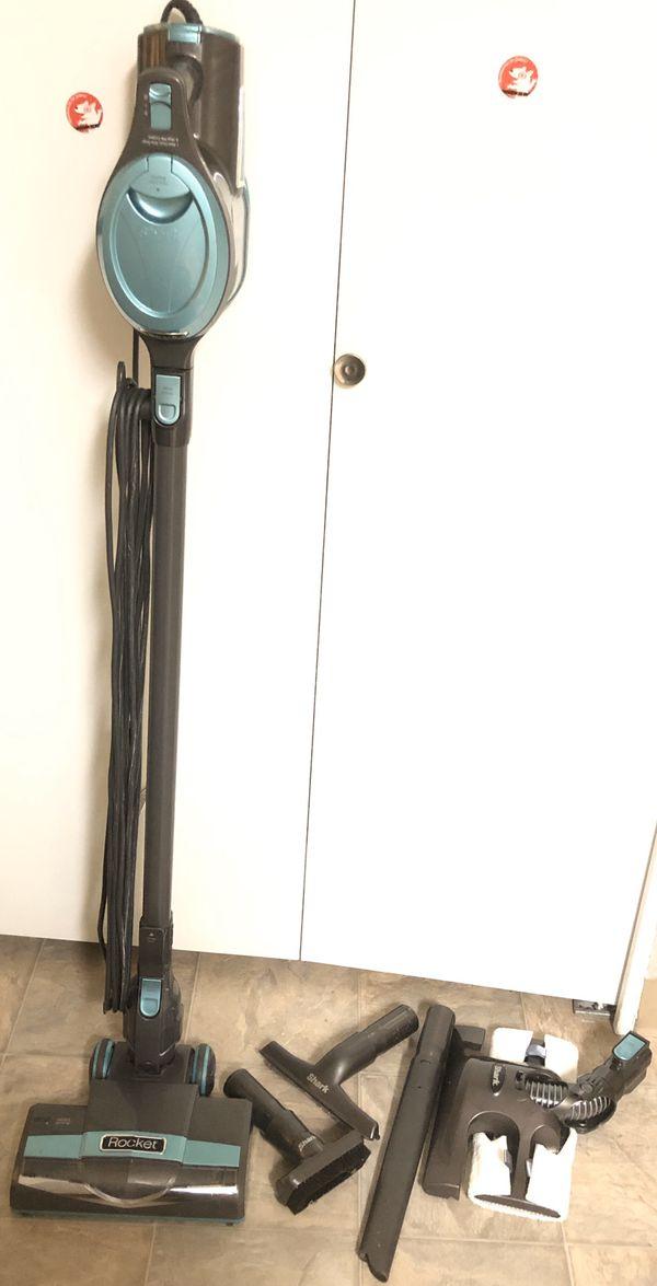 Shark rocket ultra-light upright vacuum