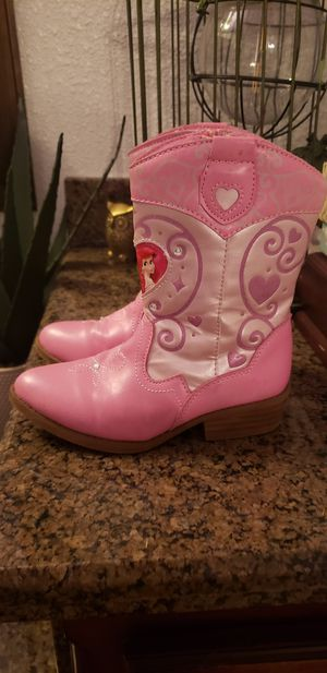 Girl boots for Sale in Strathmore, CA