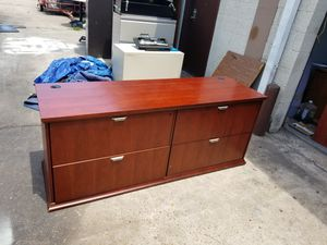 4 drawer lateral file cabinet $150 (good condition) for Sale in Houston, TX