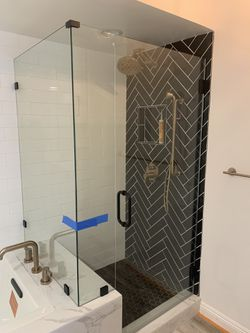 Shower glass for Sale in Beverly Hills,  CA