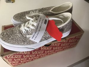 Brand new VANS size 7 woman's !! for Sale in Ormond Beach, FL