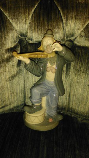 Lladro Clown Musician Collectable Figurine for Sale in Baldwin, NY