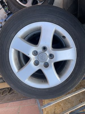 215 60 16 Toyota Camry tires with rims for Sale in Azusa, CA