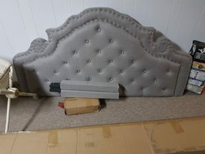 Queen size bed for Sale in Baltimore, MD