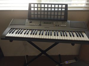 Yamaha keyboard for Sale in Corona, CA
