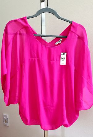 Express XS hot pink blouse with tags for Sale in Federal Way, WA