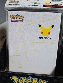 🟡Pokemon 25th Anniversary First Partner Collectors Binder Includes A Giant Special Edition Pikachu🟡 for Sale in Virginia Beach,  VA