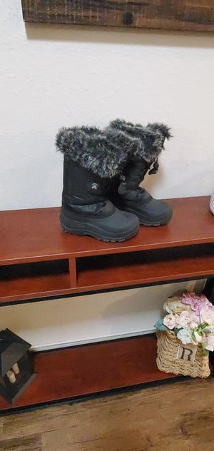 Kids snow boots (girl) for Sale in Houston, TX