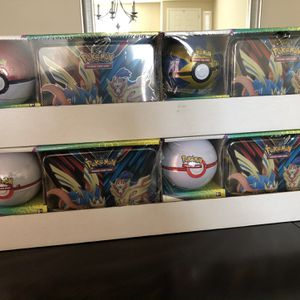 5Packs Of Pokemon 2 Pack Lunch Tin & Pokeball For SALE $50 Each for Sale in Sloan, NV