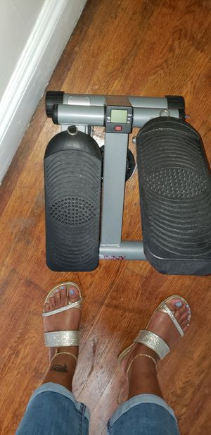 SUNNY Health & Fitness stepper for Sale in Somerville, MA