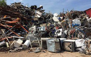 Look for unwanted scrap metal for Sale in Saint Joseph, MO