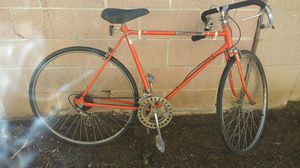 80s or 90s. Bike for Sale in Compton, CA