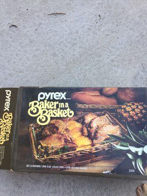 Pyrex baker in a basket for Sale in Fresno, CA