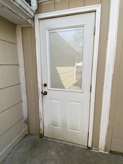 Free Door with Adjustable Blinds FREE 2 Available for Sale in Rochester,  MI