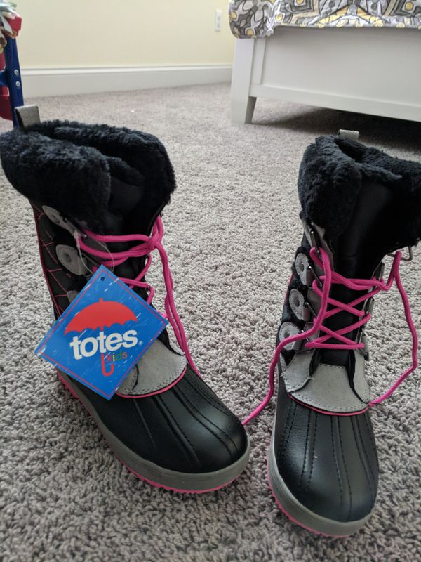 TOTES BOOTS