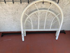 FREE twin bed frame for Sale in San Bernardino, CA