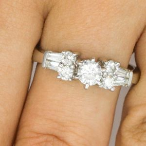 U3526 DIAMOND RING 0.55C5 ENGAGEMENT WEDDING BAND LADIES 18K GOLD for Sale in Beverly Hills, CA