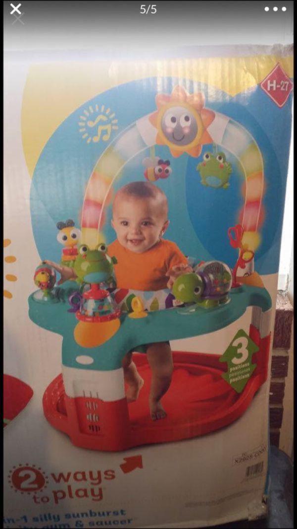 Excersaucer activity center playmate
