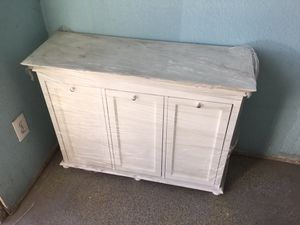 White wood,decorative storage cabinet with shelves inside. Good condition. $175.00 OBO. Pick up only. for Sale in Las Vegas, NV